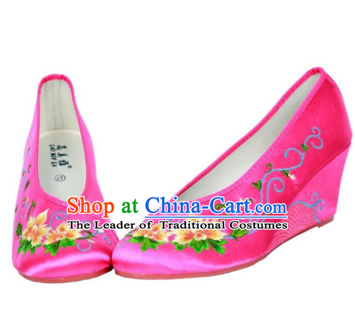 Traditional Chinese National Bride Rosy Satin Embroidered Shoes, China Handmade Embroidery Hanfu Cloth Shoes for Women