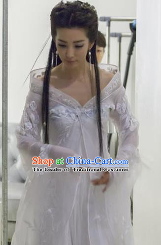 Ancient Chinese Swordsman Elegant White Costumes for Women