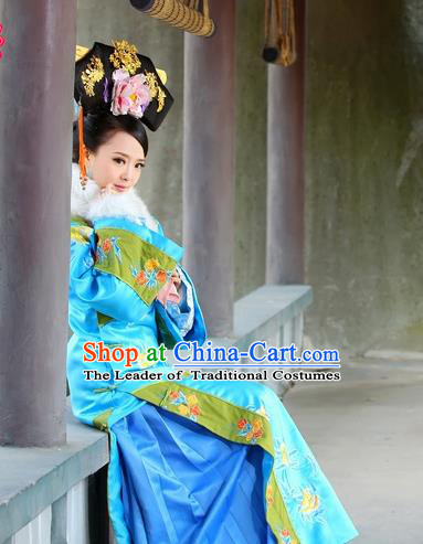 Traditional Ancient Chinese Prince Consort Costume, Chinese Qing Dynasty Manchu Lady Dress, Chinese Mandarin Robes Imperial Concubine Embroidered Clothing for Women