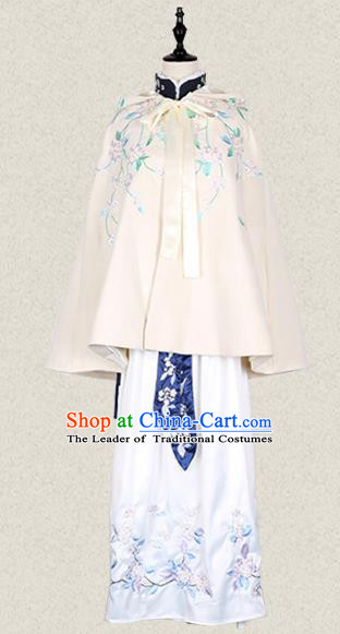 Traditional Asian Chinese Ancient Princess Woolen Beige Cloak Costume, Elegant Hanfu Mantle Clothing, Chinese Imperial Princess Embroidered Hooded Cape Costumes for Women