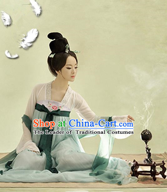 Traditional Ancient Chinese Imperial Consort Costume, Chinese Tang Dynasty Lady LightCyan Dress, Cosplay Chinese Imperial Concubine Clothing Hanfu for Women