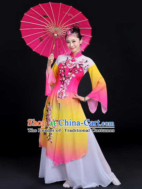 Traditional Chinese Yangge Fan Dancing Costume, Folk Dance Yangko Gradient Water Sleeve Embroider Plum Blossom Uniforms, Classic Umbrella Dance Elegant Dress Drum Dance Pink Clothing for Women
