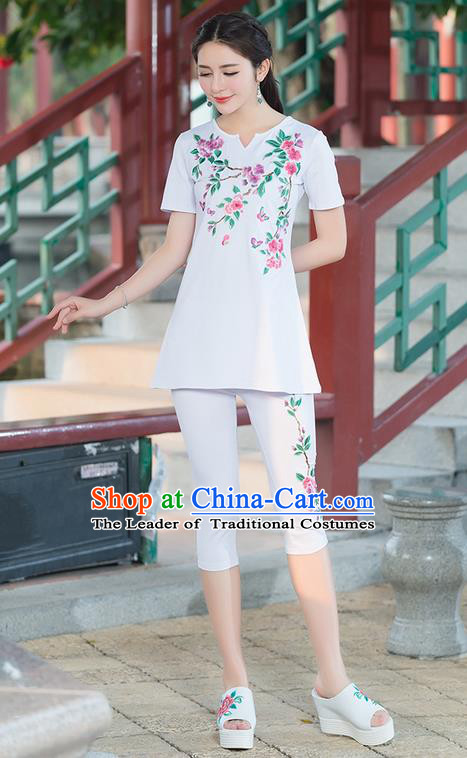 Traditional Ancient Chinese National Costume, Elegant Hanfu Embroidery Peach Blossom Flowers White T-Shirt, China Tang Suit Blouse Cheongsam Upper Outer Garment Qipao Shirts Clothing for Women