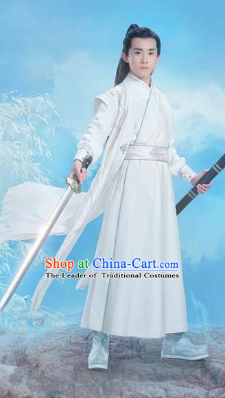 Traditional Ancient Chinese Swordsman Costume, Chinese Han Dynasty Jiang Hu Swordsman Robe, Cosplay Prince Nobility Childe Chinese Bladesman Hanfu Clothing for Men