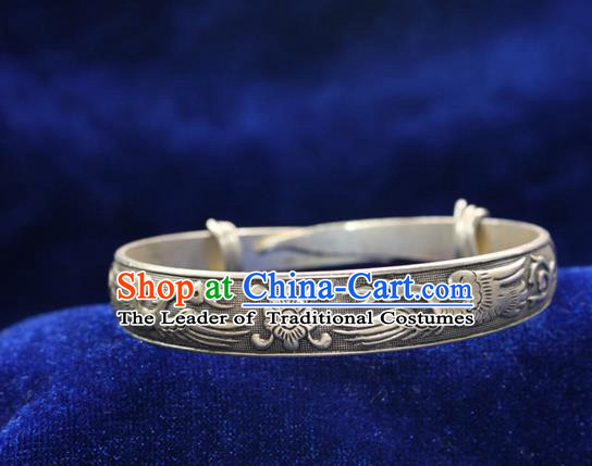 Traditional Chinese Miao Nationality Crafts Jewelry Accessory Bangle, Hmong Handmade Miao Silver Classical Double Crane Bracelet, Miao Ethnic Minority Silver Bracelet Accessories for Women