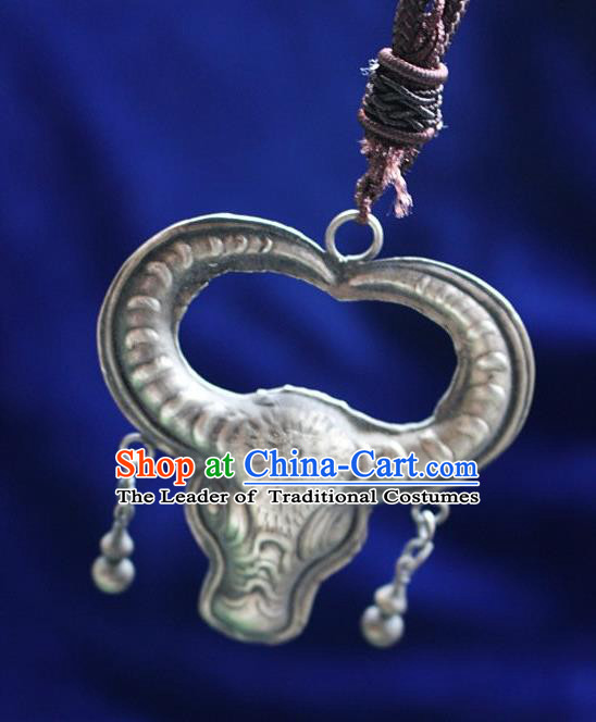 Traditional Chinese Miao Nationality Crafts Jewelry Accessory, Hmong Handmade Miao Silver Ox-Head Pendant, Miao Ethnic Minority Necklace Accessories Sweater Chain Pendant for Women