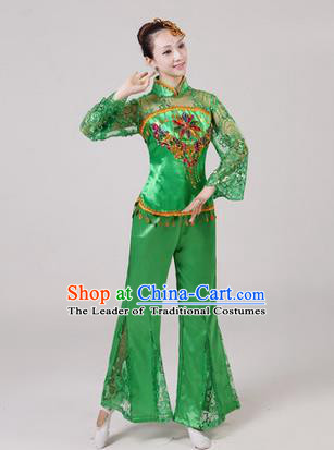 Traditional Chinese Yangge Fan Dancing Costume, Folk Dance Yangko Paillette Dress Costume, Classic Dance Drum Dance Green Embroidered Clothing for Women