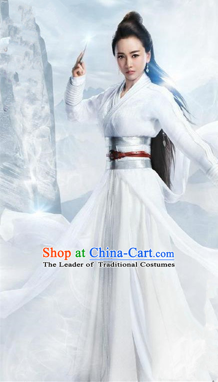 Traditional Ancient Chinese Chivalrous Swordswoman Costume, Chinese Ming Dynasty Heroine Young Lady White Dress, Cosplay Chinese Television Drama Flying Daggers Princess Hanfu Clothing for Women