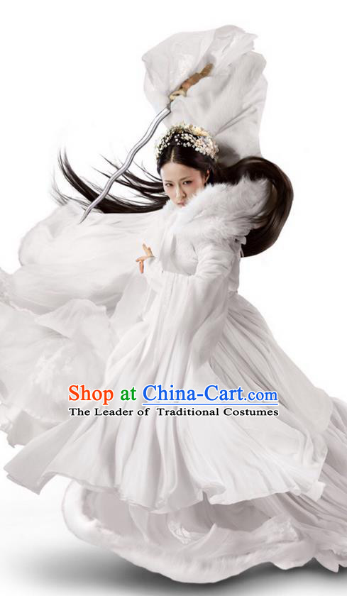 Traditional Ancient Chinese Elegant Female Swordsman Costume, Chinese Ancient Swordswoman Dress, Cosplay Chinese Emprise Film Sword Master Chivalrous Expert Chinese Ming Dynasty Kawaler Hanfu Clothing for Women