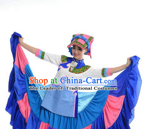 Traditional Chinese Yi Nationality Dancing Costume, Yi Zu Female Folk Dance Ethnic Pleated Skirt, Chinese Yi Minority Nationality Embroidery Costume for Women