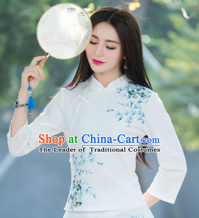 Traditional Chinese National Costume, Elegant Hanfu Embroidery Slant Opening White T-Shirt, China Tang Suit Republic of China Chirpaur Blouse Cheong-sam Upper Outer Garment Qipao Shirts Clothing for Women