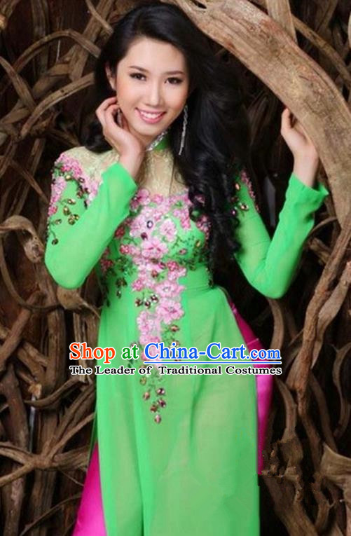 Top Grade Asian Vietnamese Traditional Dress, Vietnam Bride Ao Dai Hand Embroidered Flowers Dress, Vietnam Princess Green Dress Cheongsam Clothing for Women