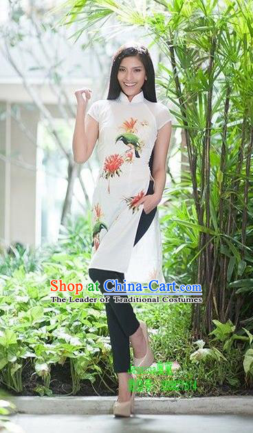 Top Grade Asian Vietnamese Traditional Dress, Vietnam National Young Lady Ao Dai Dress, Vietnam Princess White Cheongsam Dress for Women