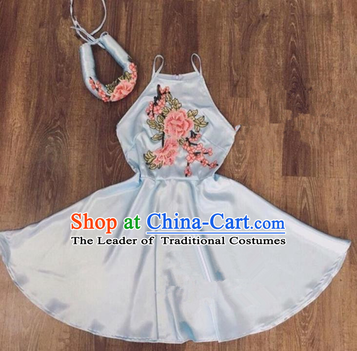 Traditional Top Grade Asian Vietnamese Costumes Dance Dress, Vietnam National Female Handmade Embroidery Flowers Grey Bellyband Ao Dai Dress Cheongsam Clothing for Women