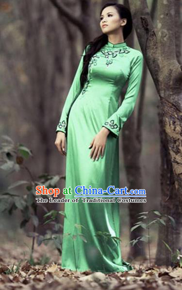 Traditional Top Grade Asian Vietnamese Costumes Embroidery Full Dress, Vietnam National Ao Dai Dress Green Qipao for Women