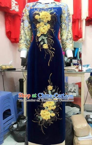 Traditional Top Grade Asian Vietnamese Costumes Classical Pleuche Full Dress, Vietnam National Ao Dai Dress Catwalks Debutante Navy Lace Qipao for Women