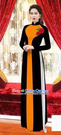 Traditional Top Grade Asian Vietnamese Costumes Classical Wedding Bride Toast Cheongsam, Vietnam National Princess Matching Black Ao Dai Dress for Women