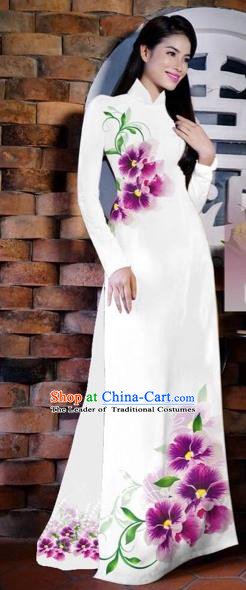 Traditional Top Grade Asian Vietnamese Costumes Classical Painting Flowers White Cheongsam, Vietnam National Vietnamese Young Lady Bride Wedding Ao Dai Dress