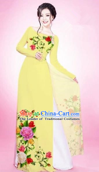 Traditional Top Grade Asian Vietnamese Costumes Classical Painting Flowers Light Yellow Cheongsam, Vietnam National Vietnamese Young Lady Bride Wedding Round Collar Ao Dai Dress