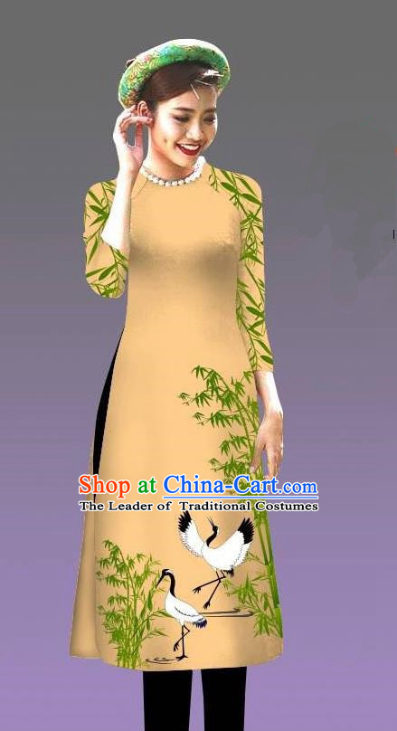 Top Grade Asian Vietnamese Costumes Classical Jing Nationality Crane Pattern Short Cheongsam, Vietnam National Clothing Bride Traditional Light Yellow Ao Dai Dress