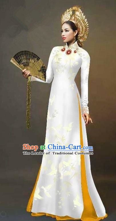 Traditional Top Grade Asian Vietnamese Ha Festival Printing Cranes Ao Dai Dress, Vietnam Women National Jing Nationality Queen White Cheongsam Bride Costumes