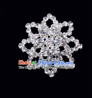 Chinese Ancient Peking Opera Jewelery Accessories, Traditional Chinese Beijing Opera Props Octagon Brooch Ornaments Hua Tan White Rhinestone Breastpin