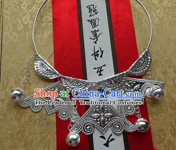 Traditional Chinese Miao Nationality Accessories Necklace, Hmong Female Ethnic Miao Sliver Tassel Necklet for Women
