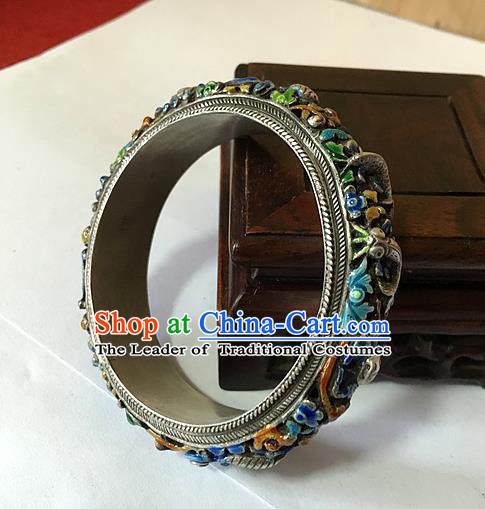 Traditional Chinese Miao Nationality Accessories Bracelet, Hmong Female Ethnic Pure Sliver Chasing Technique Bangle for Women