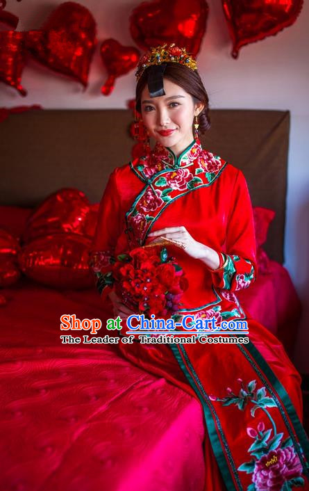 Traditional Chinese Wedding Costume Xiuhe Suits Wedding Red Suit, Ancient Chinese Bride Toast Dress Hand Embroidered Peony Clothing Longfeng Flown for Women