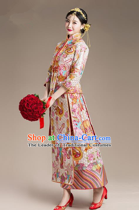 Traditional Chinese Wedding Costume Xiuhe Wedding Clothing Longfeng Flown, Ancient Chinese Bride Toast Hand Embroidered Dragon and Phoenix Slim Cheongsam Full Dress for Women