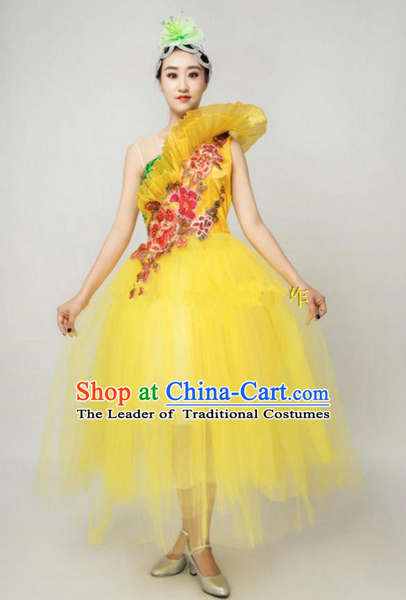 Chinese Classic Stage Performance Dance Costumes, Opening Dance Folk Dance Classic Dance Big Swing One-shoulder Yellow Veil Dress for Women