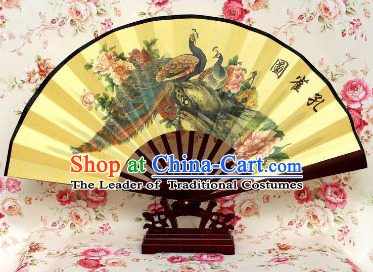 Traditional Chinese Crafts Peking Opera Folding Fan China Sensu Handmade Chinese Ink Painting Peacock Silk Fan for Men