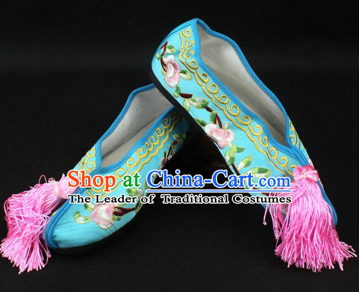 Traditional China Beijing Opera Hua Tan Embroidered Light Blue Shoes, Ancient Chinese Peking Opera Young Lady Diva Princess Blood Stained Shoes