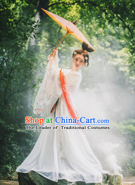 Traditional Chinese Jin Dynasty Young Lady Embroidery Costume, Elegant Hanfu Clothing Chinese Ancient Princess Dress Clothing for Women