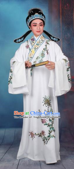 Top Grade Professional Beijing Opera Niche Costume Gifted Scholar White Embroidered Robe, Traditional Ancient Chinese Peking Opera Young Men Embroidery Chrysanthemum Clothing