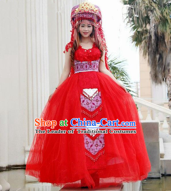 Traditional Chinese Miao Nationality Wedding Veil Costume Embroidered Red Bubble Dress and Headwear, Hmong Folk Dance Ethnic Chinese Minority Nationality Embroidery Clothing for Women