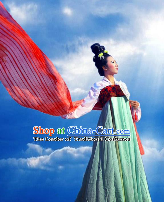 Traditional Ancient Chinese Imperial Princess Costume Green Slip Skirt, Elegant Hanfu Clothing Chinese Tang Dynasty Palace Lady Embroidered Clothing for Women