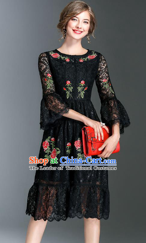 Top Grade Asian Chinese Costumes Classical Embroidery Lace Mandarin Sleeve Dress, Traditional China National Embroidered Clothing for Women