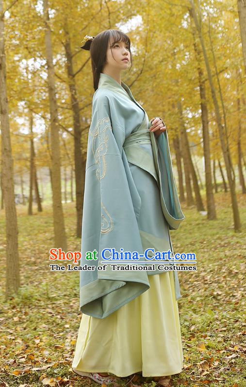 Traditional Chinese Ancient Young Lady Hanfu Costumes Light Blue Curve Bottom, Asian China Han Dynasty Palace Princess Embroidery Clothing for Women