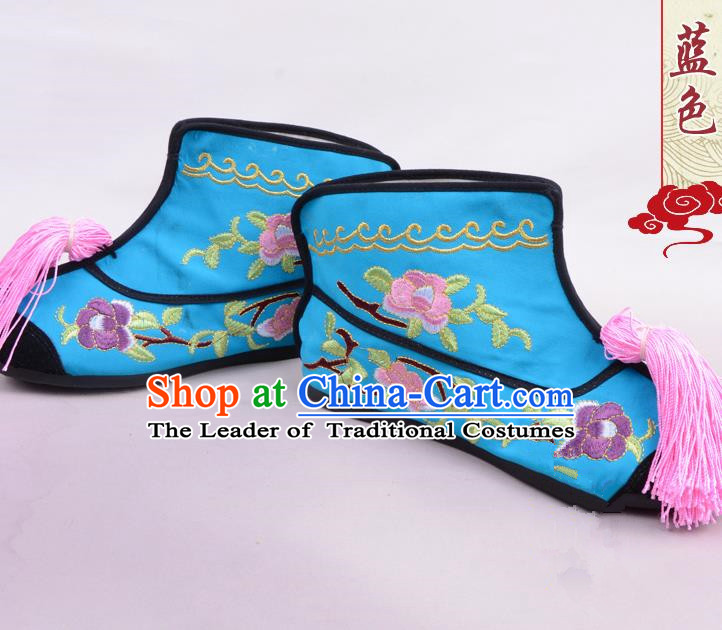 Traditional Beijing Opera Swordplay Embroidered Blue Boots Young Lady Shoes, Ancient Chinese Peking Opera Blues Embroidery Peony Shoes