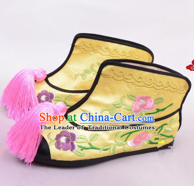 Traditional Beijing Opera Swordplay Embroidered Yellow Boots Young Lady Shoes, Ancient Chinese Peking Opera Blues Embroidery Peony Shoes