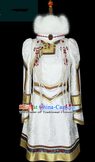 Traditional Chinese Mongol Nationality Wedding Costume Female White Mongolian Robe, Chinese Mongolian Minority Nationality Princess Embroidery Costume for Women