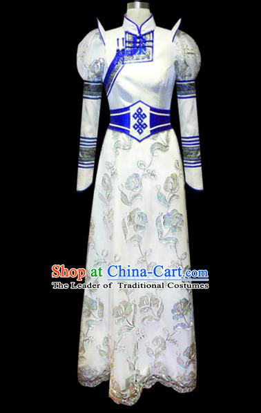 Traditional Chinese Mongol Nationality Costume Female White Wedding Mongolian Robe, Chinese Mongolian Minority Nationality Princess Embroidery Costume for Women