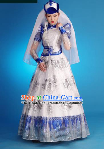 Traditional Chinese Mongol Nationality Costume Female White Wedding Dress Mongolian Robe, Chinese Mongolian Minority Nationality Princess Embroidery Costume for Women