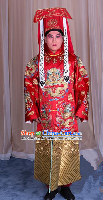 Traditional China Beijing Opera Imperial Bodyguard Red Silk Costume, Ancient Chinese Peking Opera Wu-Sheng Takefu Embroidery Gwanbok Clothing
