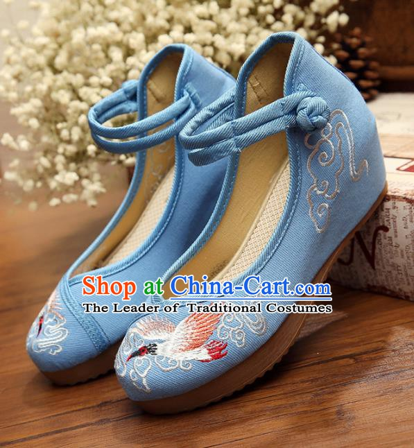 Asian Chinese National Blue Embroidered Shoes, Traditional China Princess Shoes Hanfu Embroidery Crane Shoes for Women