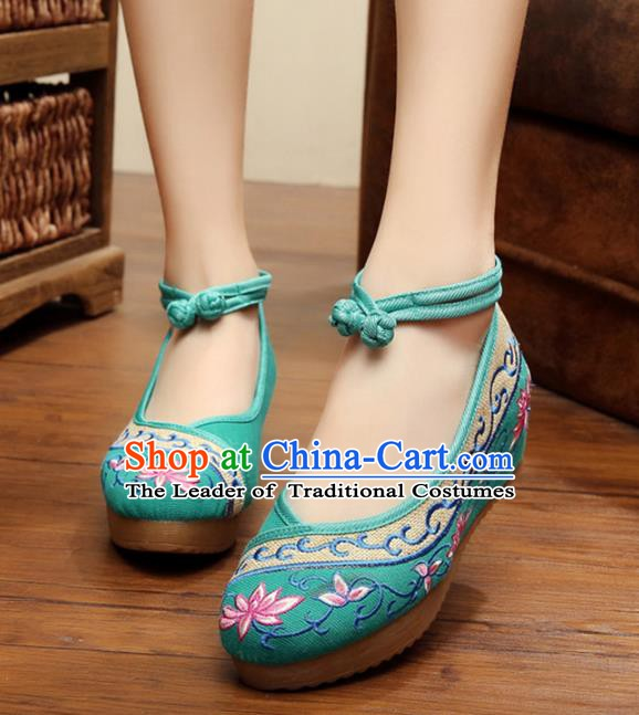 Traditional Chinese National Green Linen Embroidered Lotus Shoes, China Princess Shoes Hanfu Embroidery Shoes for Women
