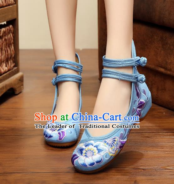 Traditional Chinese National Wedding Shoes Blue Embroidered Peony Shoes, China Princess Embroidery Shoes for Women