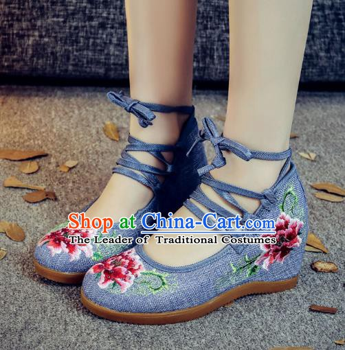 Traditional Chinese National Hanfu Blue Wedge Heel Embroidered Shoes, China Princess Embroidery Peony Shoes for Women