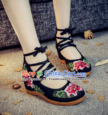 Traditional Chinese National Hanfu Black Wedge Heel Embroidered Shoes, China Princess Embroidery Peony Shoes for Women